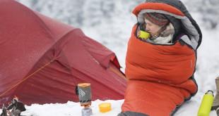 mumienschlafsack-extrem-kälte-schnee-eis-sport